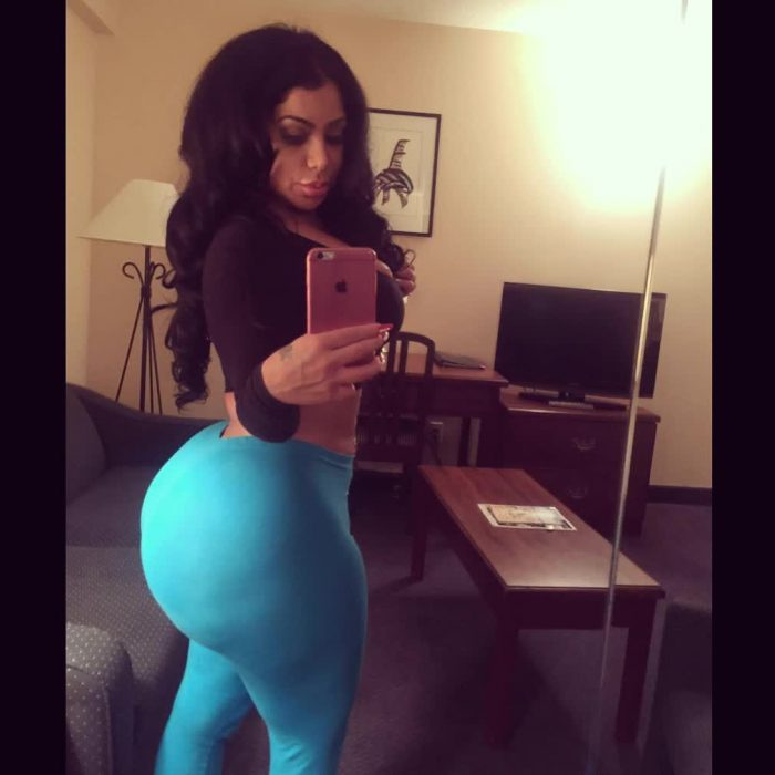 nicki minaj pics of her booty repost persiannbaddiee and hot ass picture clips