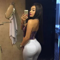 pics of naked thick girls repost tracysaenzoficial and big ass breast