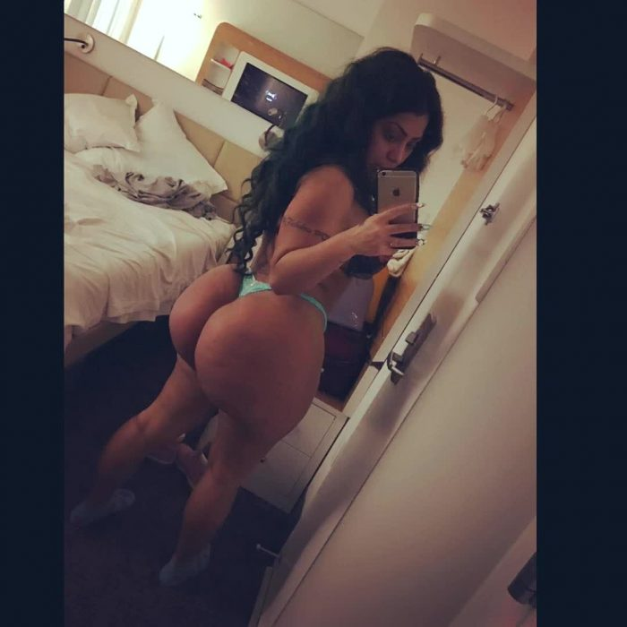 picture naked boobs picture repost persiannbaddiee and old woman big butt