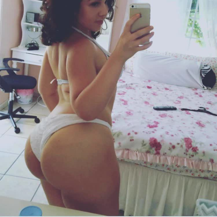 black booty twerking repost thickbutts and big white bum
