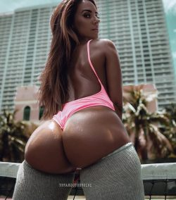 ass picture pictures hub repost buttsnorkeler and best songs to twerk