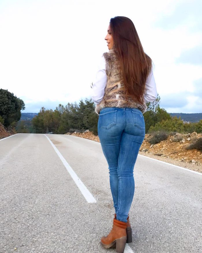 picture ass in tight jeans repost neivamara and great big booty