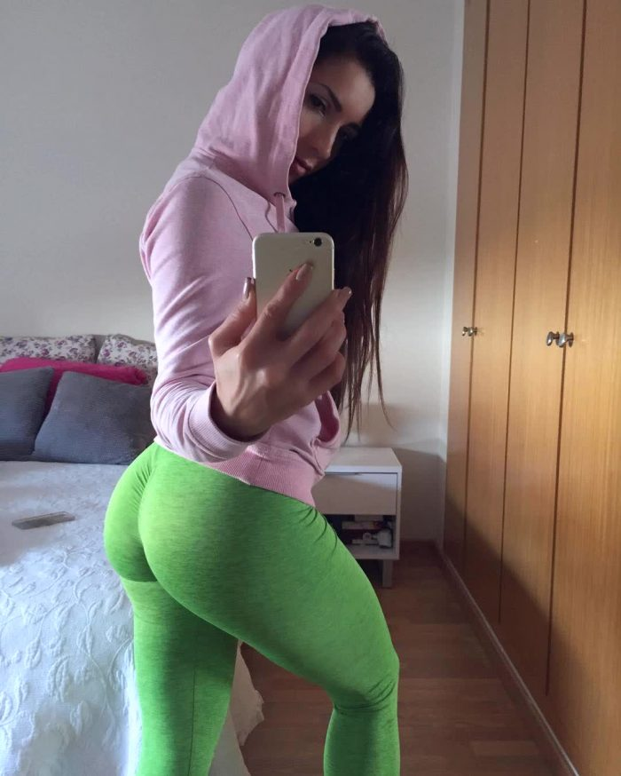 woman with the biggest ass repost neivamara and picture pose bed