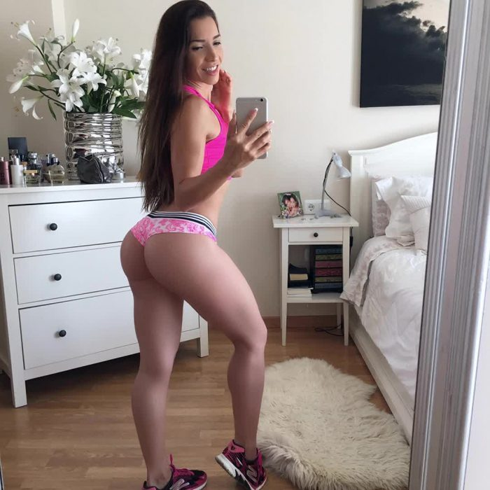 young girl with big ass repost neivamara and butts big