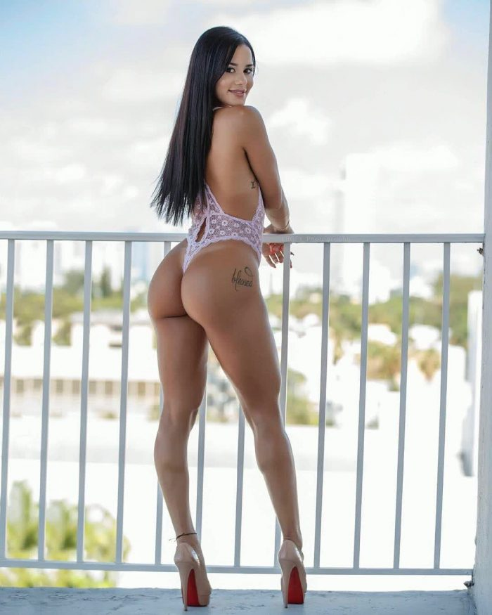 perfect round butt pics repost katyaelisehenry and wife hard ass picture