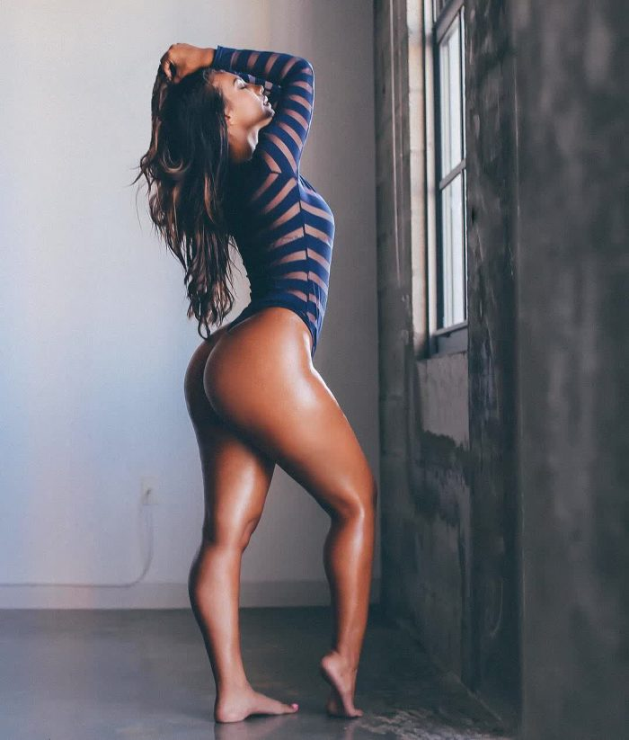 big muscle butts repost caamibernaal and pics big tites