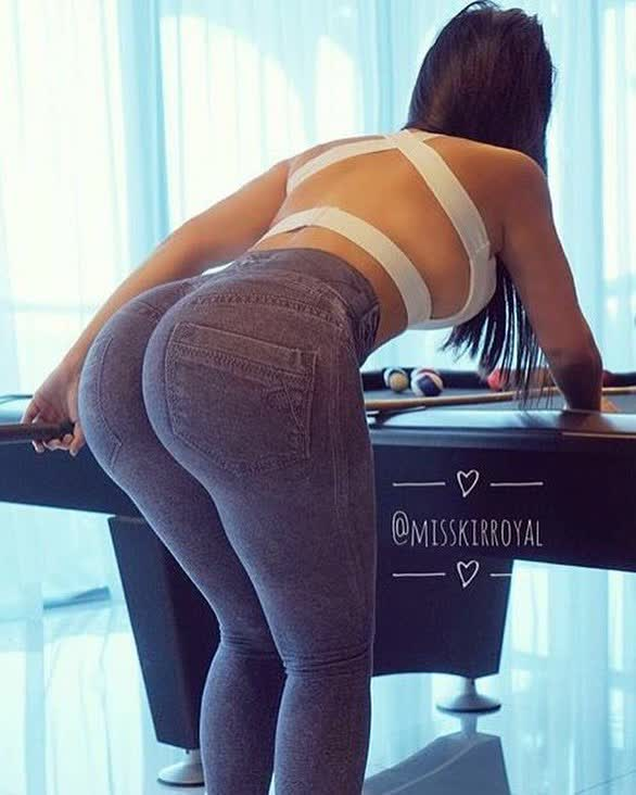 free bbws pictures repost ilovethebooty_leggings and boob oiled