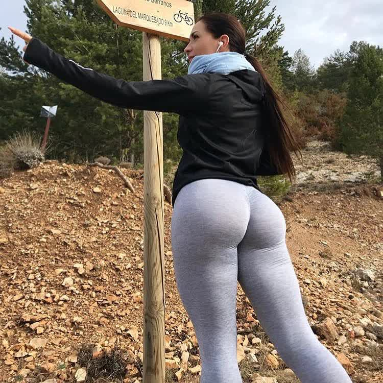 huge asses moms repost ilovethebooty_leggings and big booty volleyball shorts