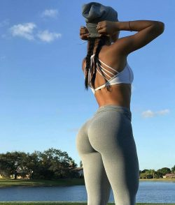 pictures of girls booty repost booty  and black mom booty pics