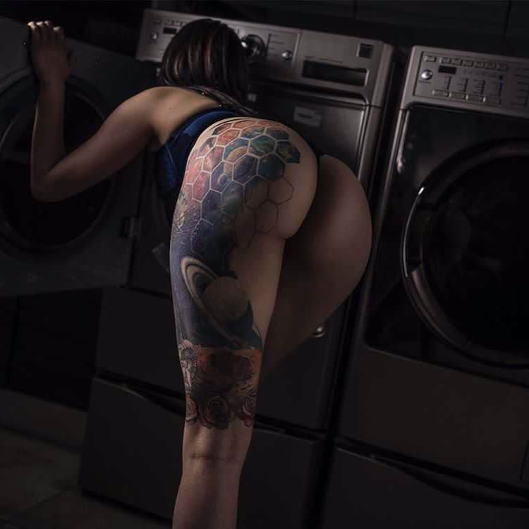 ass shaking sites and thick ass amatuer