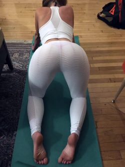 images of big black booties and black girl butt picture