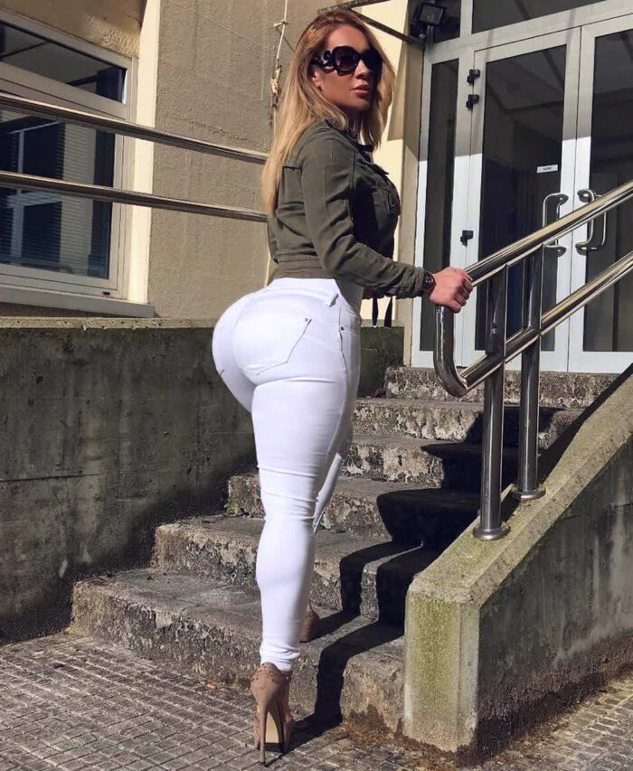 white blonde babe repost victorialomba and big ass celebrity pictures