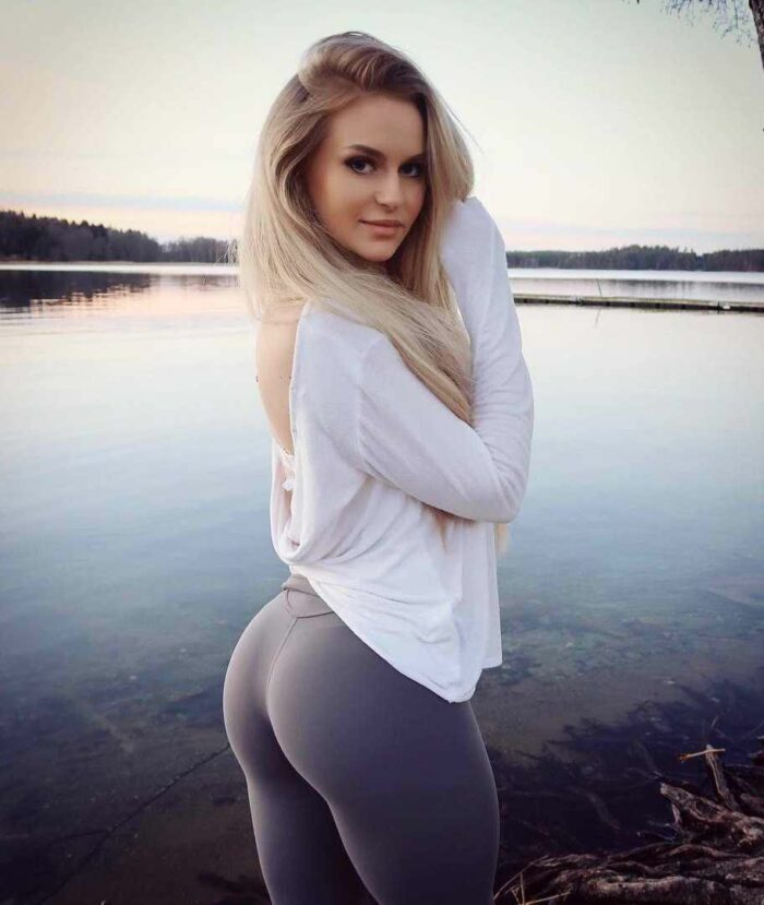 see through yoga pants galleries and new chris brown tracks